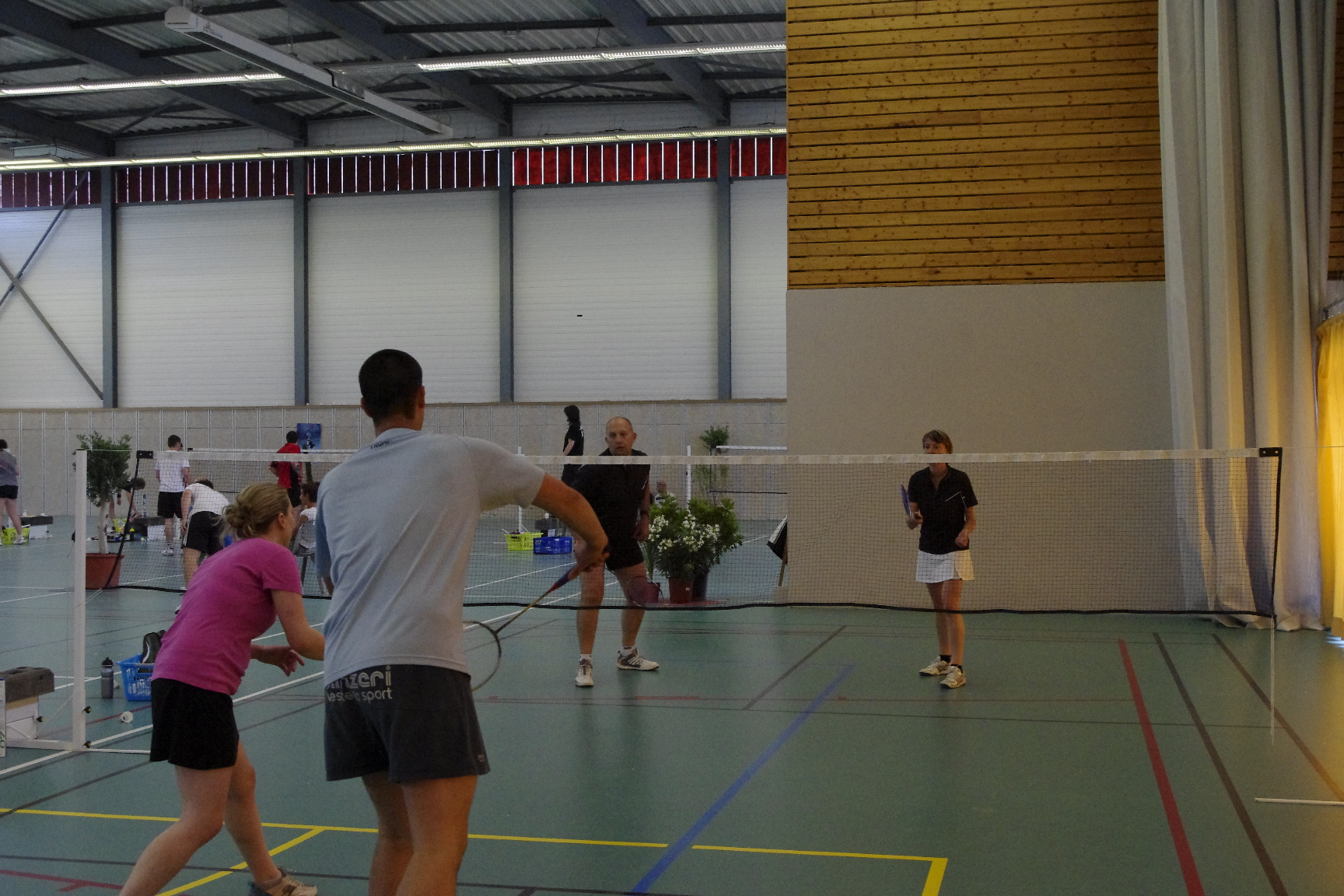 Derni re su e pour les badistes palois asm pau badminton for Pamplemousse club piscine